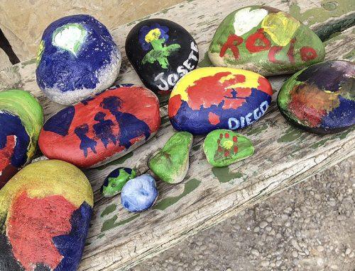 Piedras pintadas a mano con cariño