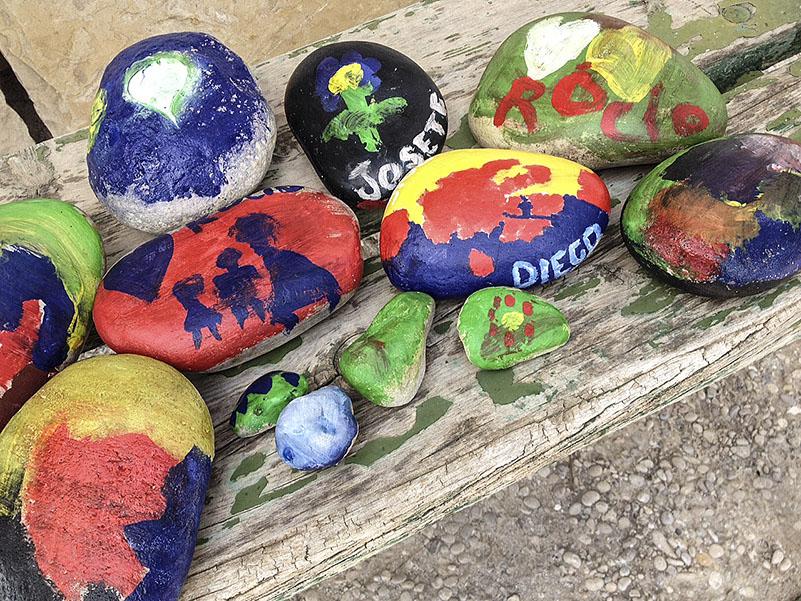 piedras pintadas Finca La Viña